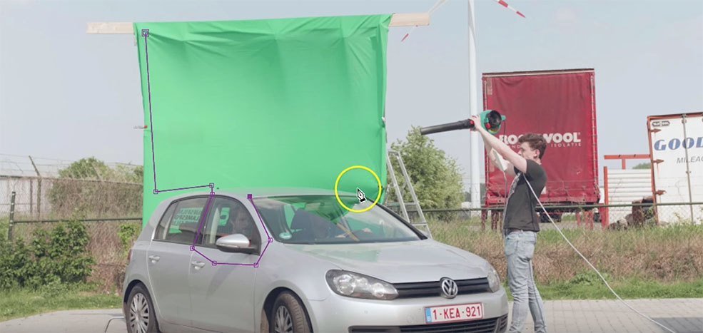 How to Recreate an Iconic Car Chase Stunt in After Effects — Green Screen